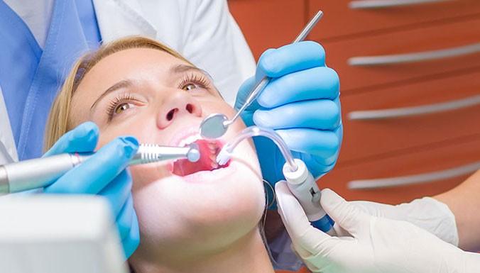 leczenie kanałowe zębów stomatolog Szczecin